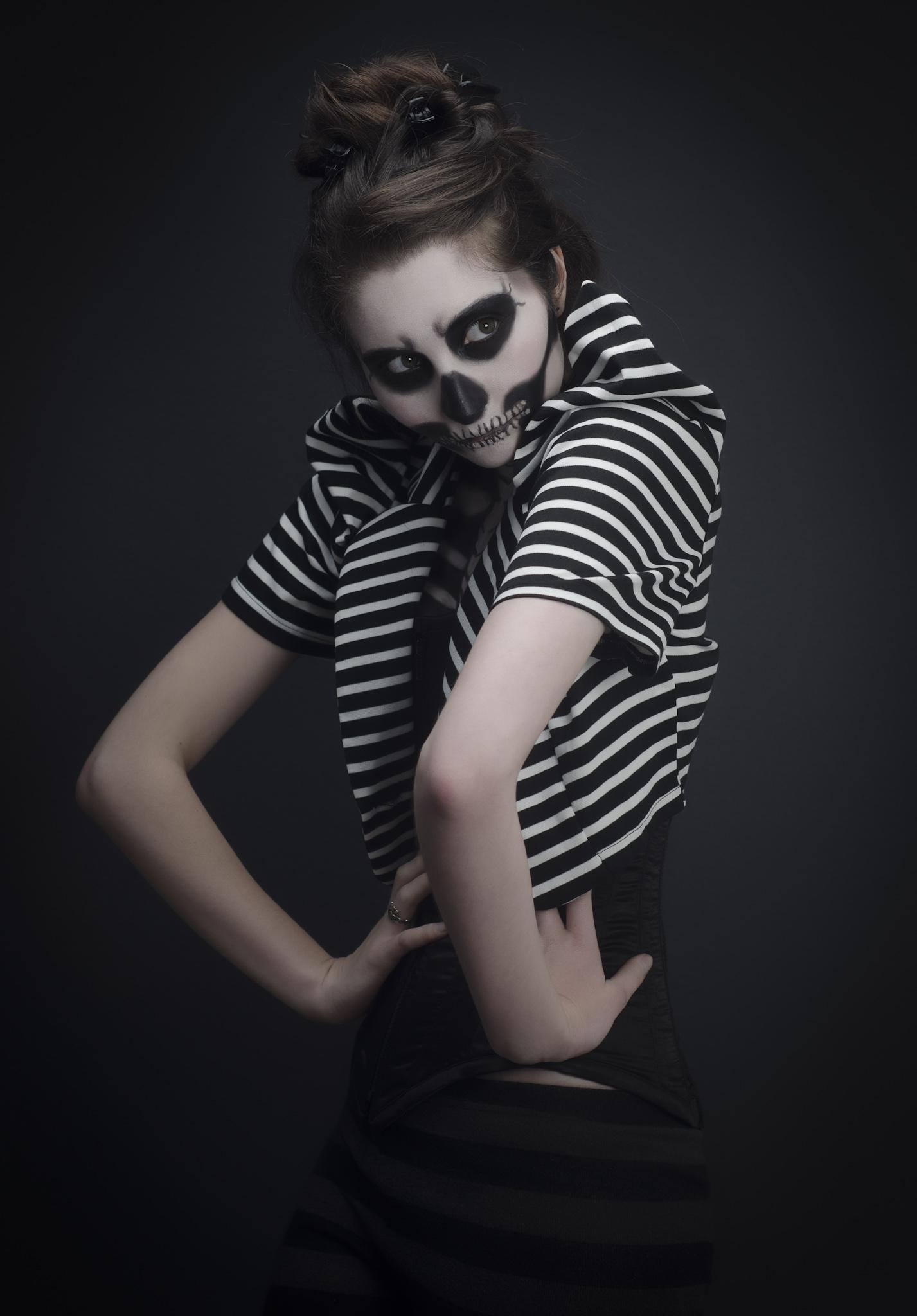 Rick McZany Photography (Rick McQuinian - Demolita Mortier - makeup Dominique Weir