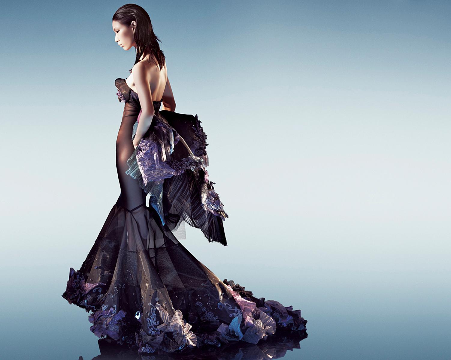 Cheng Yu Chiang - Gown