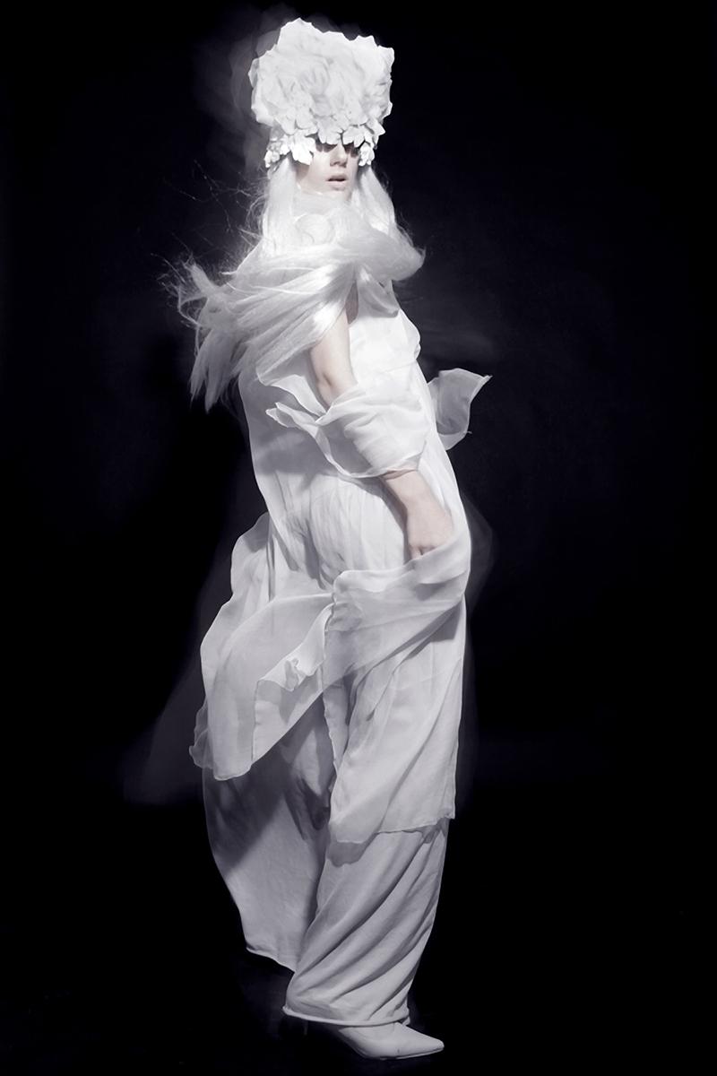 Mary Krotova - designer Olga Ryabchenskih - makeup Julia Pavlukova 3
