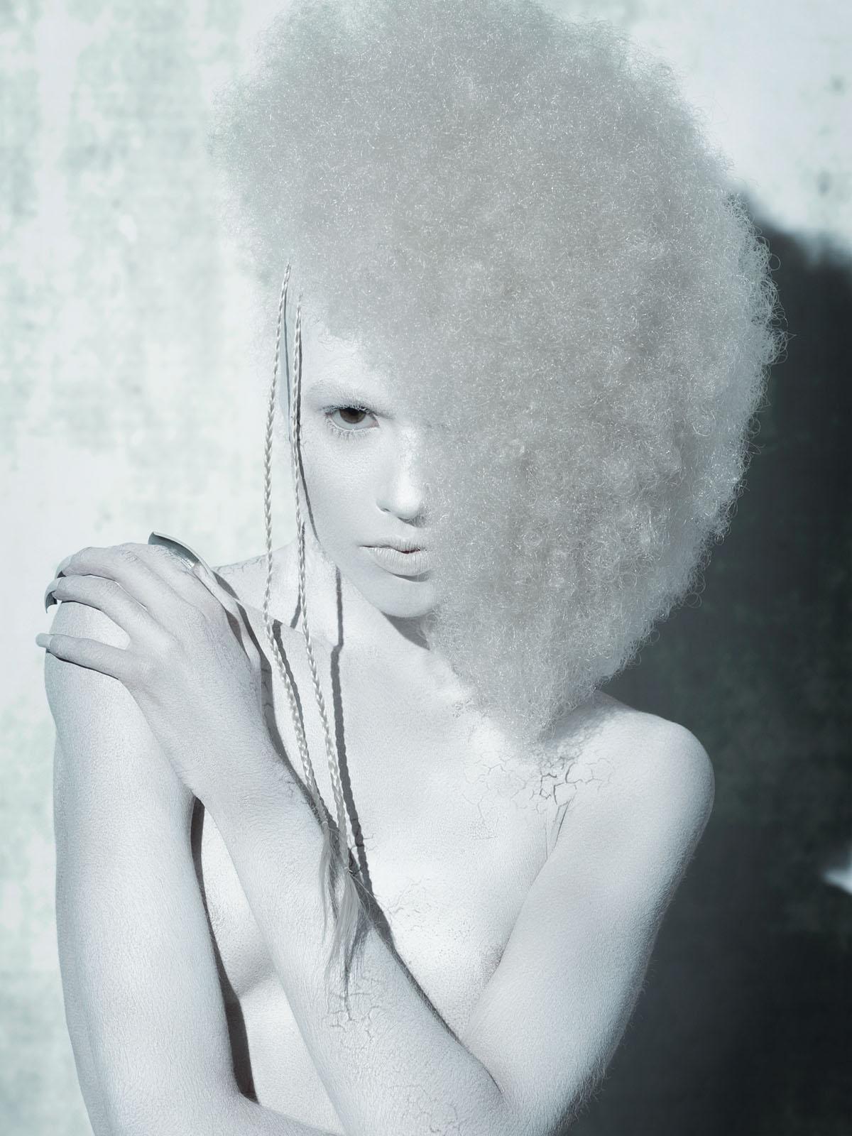 Raimondo Cantafio - Suzi Leenaars - hair Linh Nguyen - makeup Cheriene Waddell - makup assistant Lu Wang