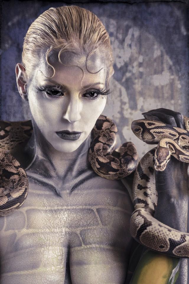 Scott E. Detweiler - Heather Stern - body paint Otto Kustomz - makeup:stylist Nada Stevic - reptile owner Christopher