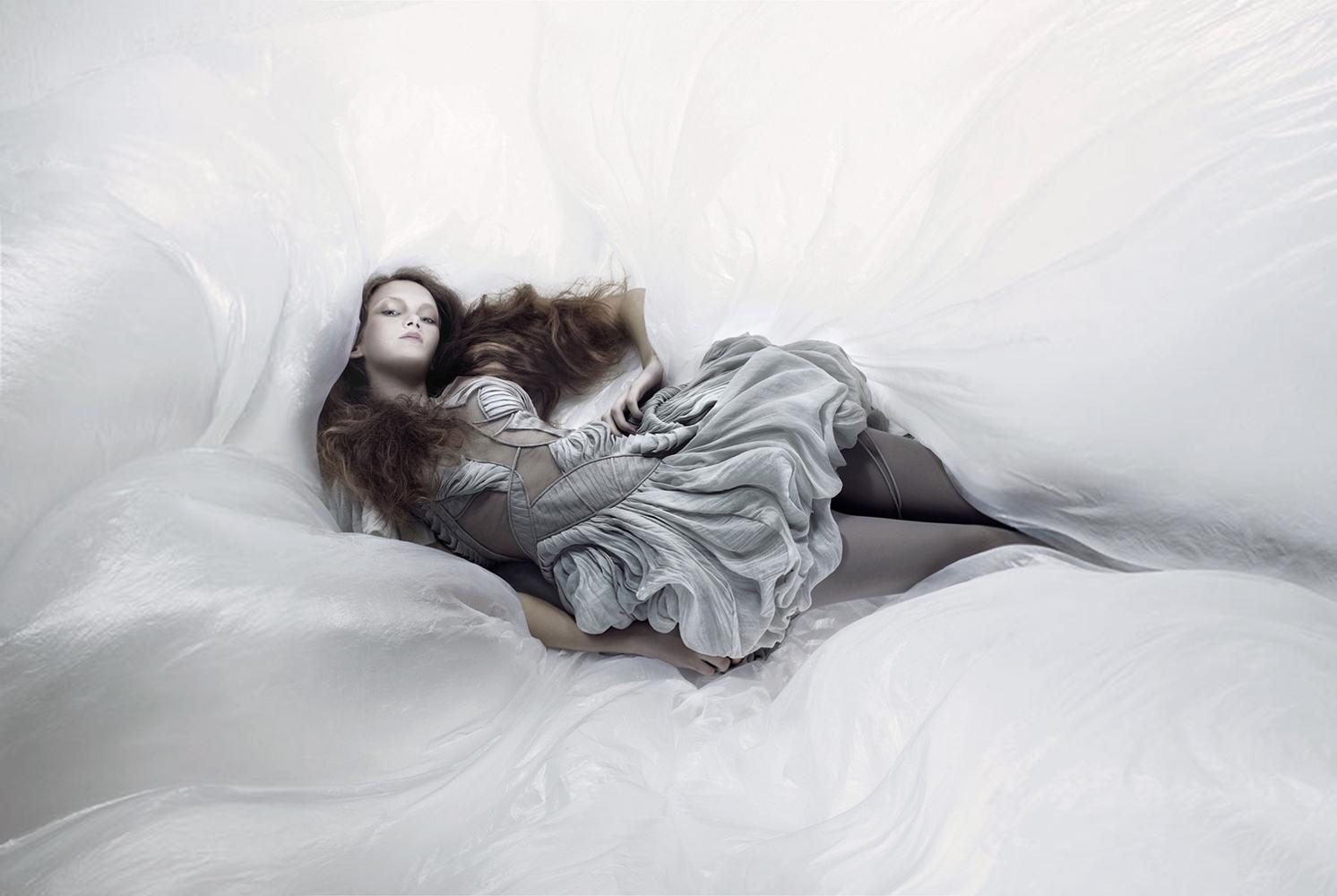 Laurence Laborie - designer Yiqing Yin