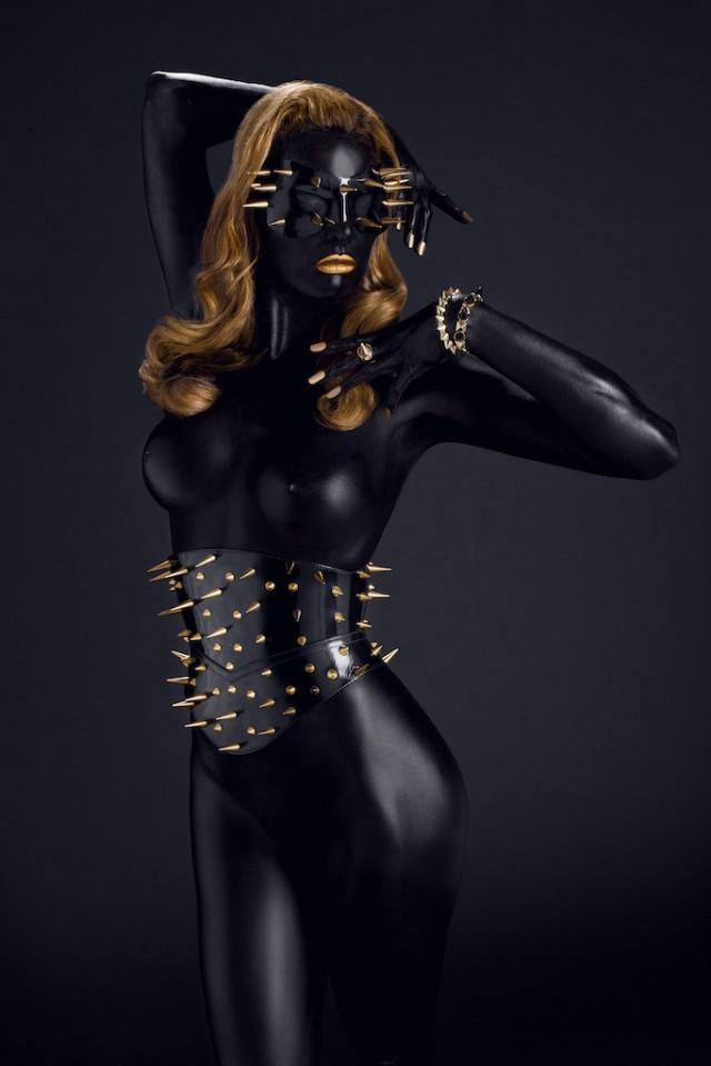 Michel Dierickx - Miss Miranda - mask:corset Paul Seville 2