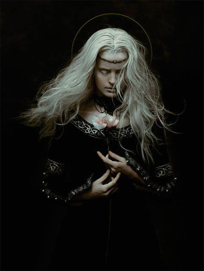 Zhang Jingna (zemotion) - Germaine Persinger - hair Junya Nakashima - makeup Tatyana Kharkova - assistant Ngoc Vu, Linda Chow, Cong Lu - project Motherland Chronicles 38 - Dark Side of the Moon