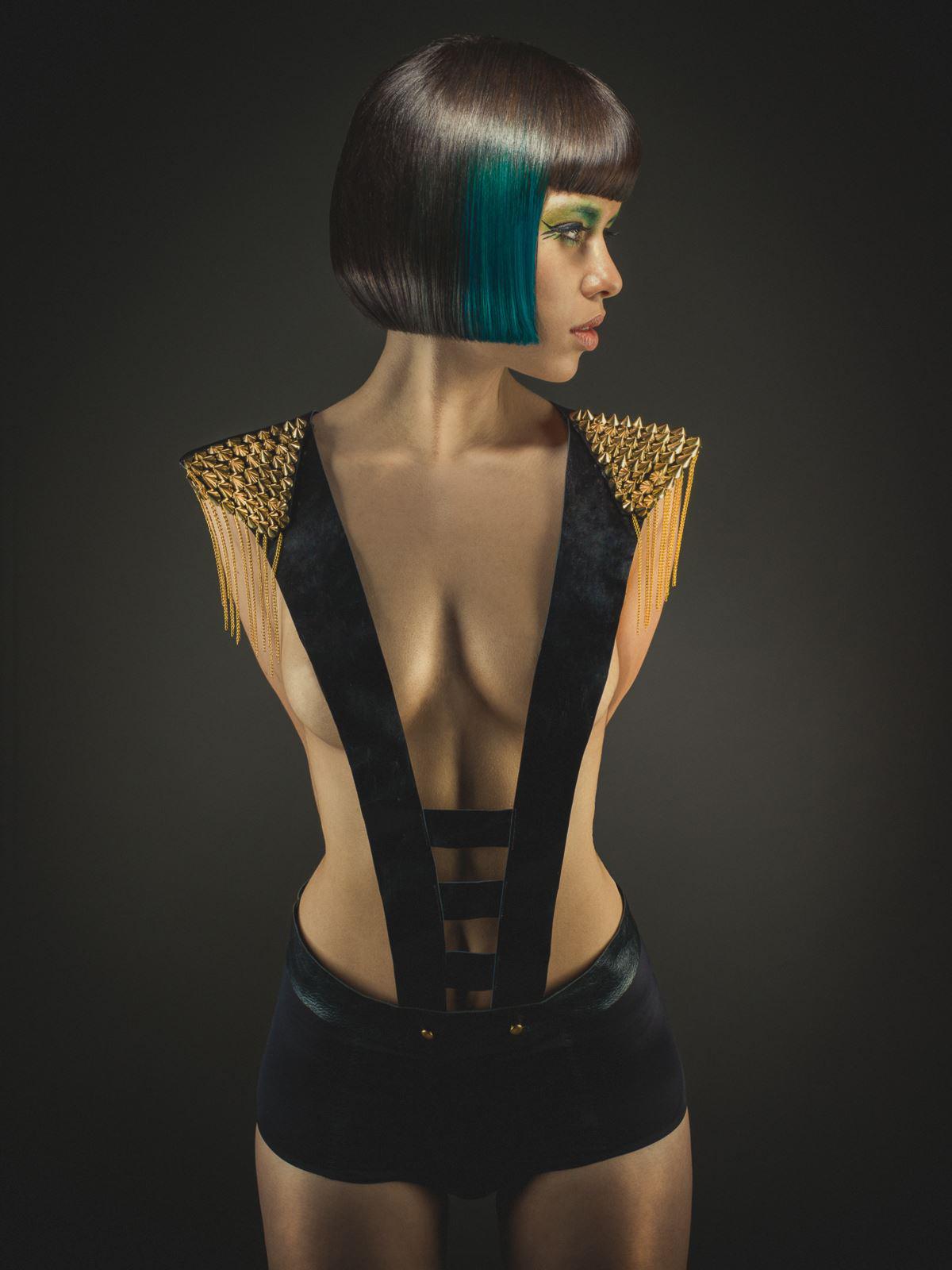 Duy Ha Minh - Joanna Bounamous - makeup Alex Marjolaine Mazens - stylist Owlee Styliste - designer Pierre Ginsburg