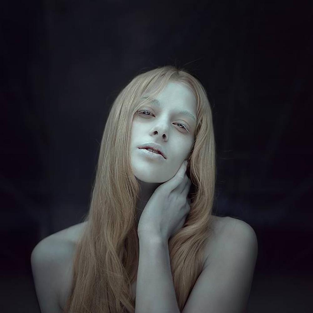 Sylwia Makris