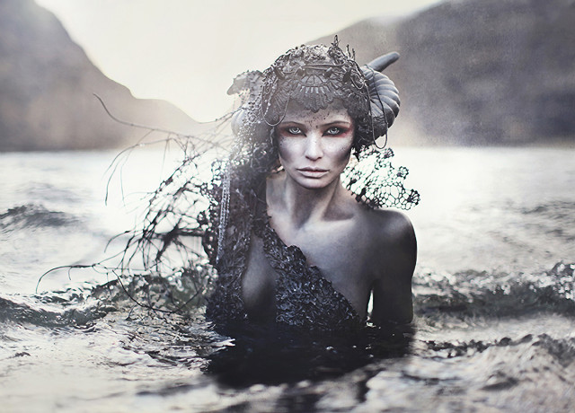 Miriam janus troll dark beauty for Laila hansen interieur