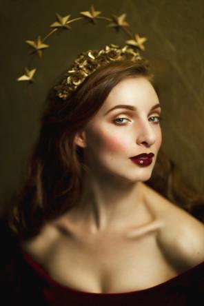 Viorella Luciana - Linda Friesen - hair makeup by model