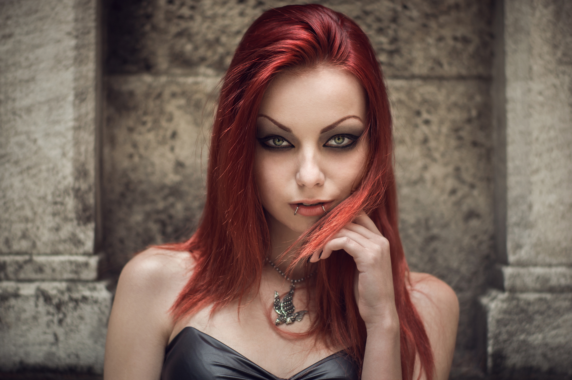 dark red hair photography