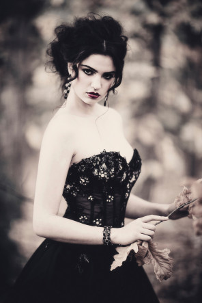 David Beach - Ilana Davies - hair KOSA Studio - makeup Liz Bomben Makeup - stylist Louisa Crestani