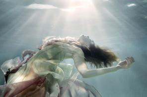 Ela Wlodarczyk Photography - Jennifer Ivey - designer Isla Campbell Millinery and Costumery