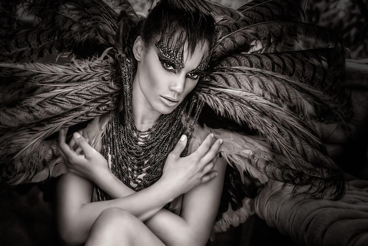 BlackIceArt - Sabrina Martinez - designer Rocky Gathercole (Gathercole Atelier)
