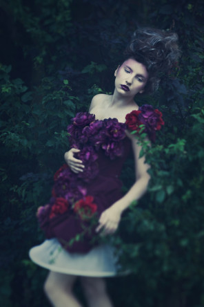 Michniewska Tales - Aleksandra Wojtasik - hair Nina Nowak - makeup Karina Czapla - designer Tendere