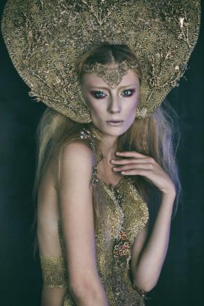 Anna Kubiak Photography = Klaudia - hair makeup stylist Karina Czapla (Vision of art fashion) - Autumn Queen