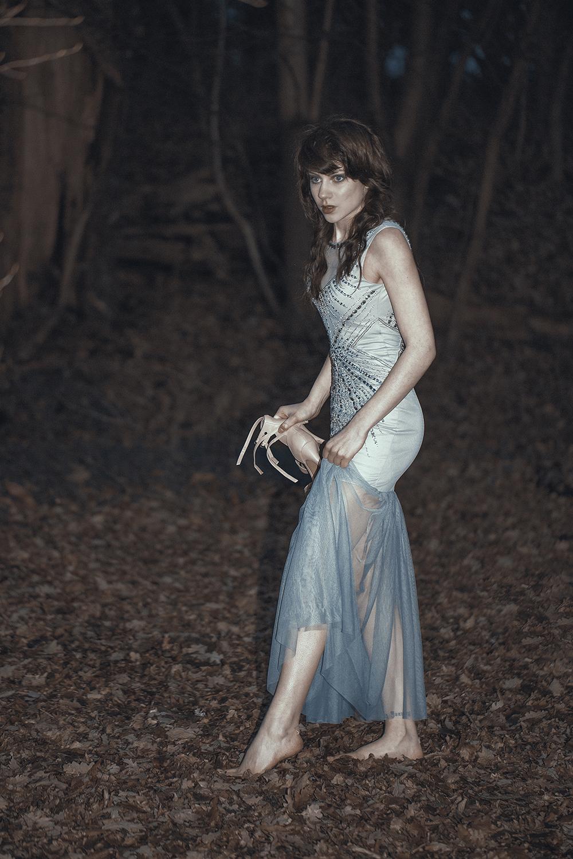 Farah Deebah (Farah Photography) - Sasha Hollis - makeup Naz - stylist Yasmin Mehrad