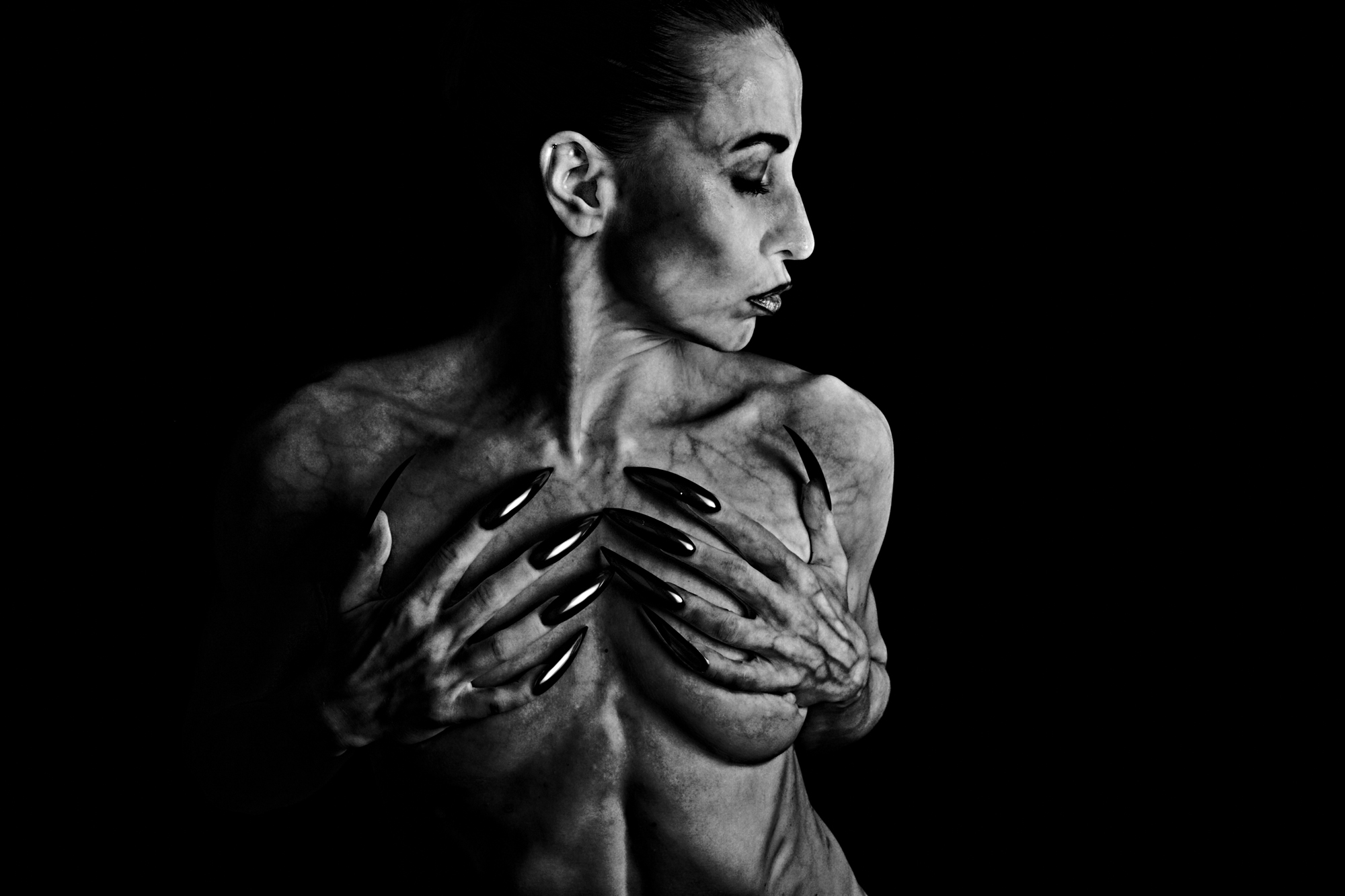 Vesa Ekholm vke Fine Art Photography Atia Dark Beauty
