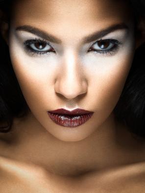 Pierre-Edouard Saillard - Victoria Vd - makeup Lauriane Make Up Goullier - retoucher George Buczko
