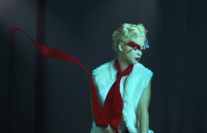 Lovene Joy Kim - Meg Bo - makeup Kayla Violanti