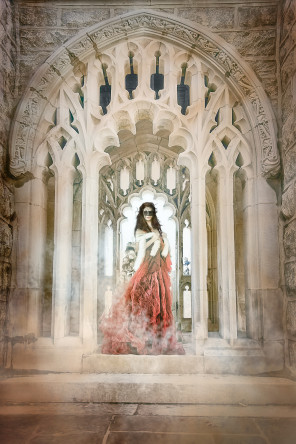 Tatiana Lumiere - Yana Shu - The Beast is Waiting