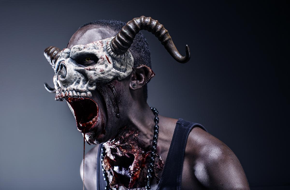 Kyle Marko (Kreativek Photography) - StrikeBoogieTheArtist - sfx mua Stefanie Brown (makeupbystefanie) - skull mask Mark Andrew Schneider (FaustandCompany) - crt dir is mdl - BOOGIE