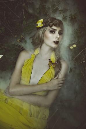 Easton Chang Photography (ig Eastonchang) - Maddison Crain Model (ig maddy_crain) - hmua Steff Matheson Makeup Artist (ig steffmathesonmakeupartist) - dsg Tarese Klemens (ig tareseklemens)