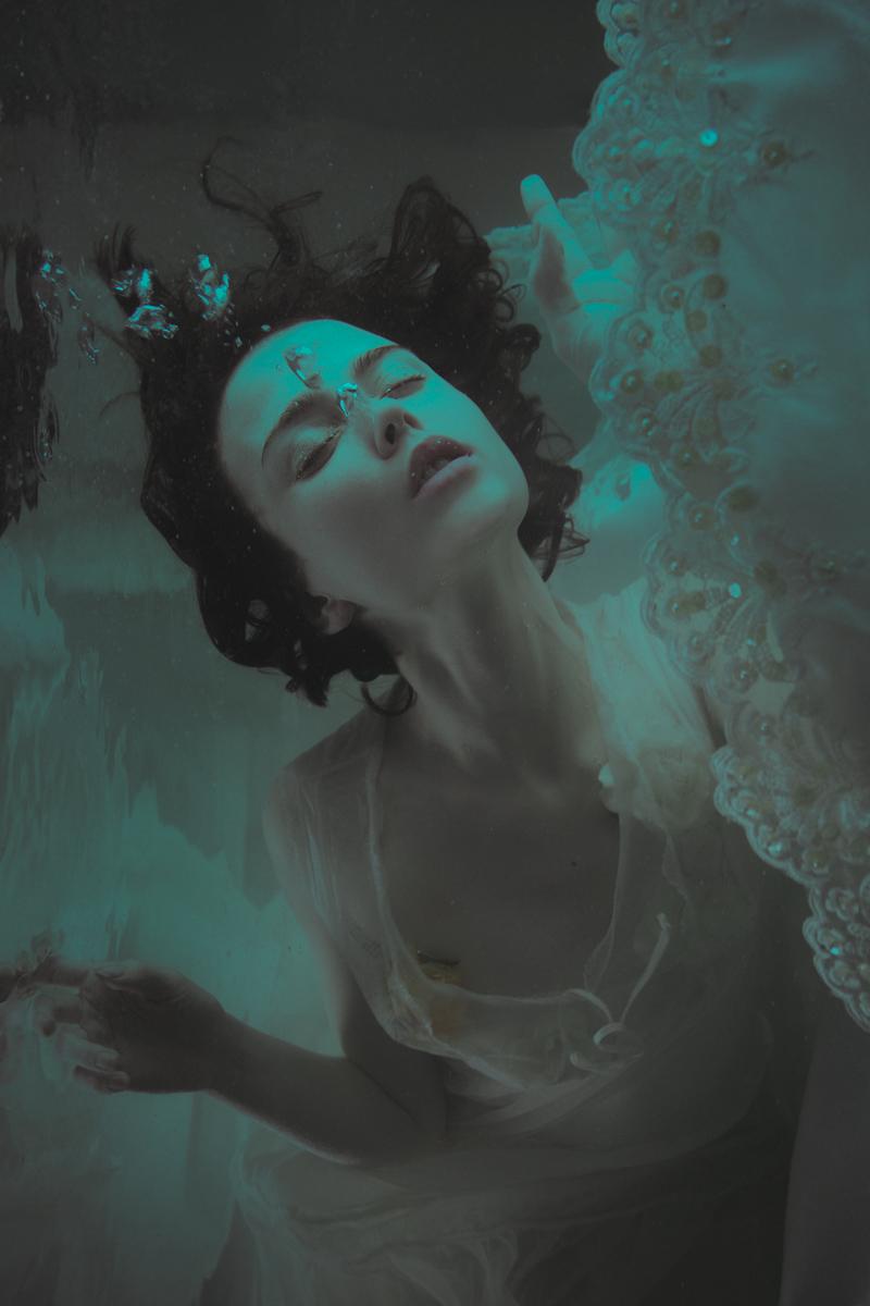 Mira Nedyalkova Photography - Iva Sakarova - Toxic