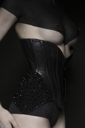 Maja Karen Hansen (Maja-Karen-194048130634546 ig MajaKaren) - KarolinaZarzyckaCorsetry (ig same) - sty, props Cecilia Kattafaninj (tb fromkattafaninj) - corset by mdl - Black Vixen 1
