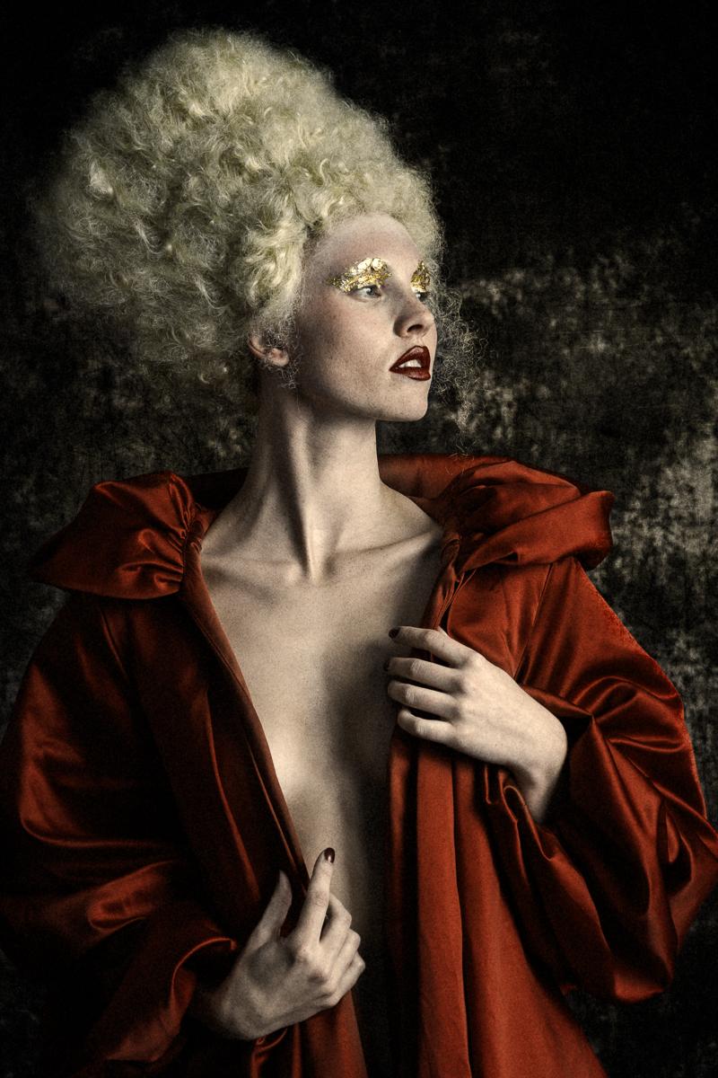 Steven Lloyd Photography - Samantha Farrow - h Julie Okely - mua Jacqui Scott Makeup + Studio - dsg Mon Juric (Chachino) - mua ast Shay Flanigan