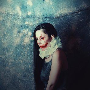 Fátima Ruiz (FatimaRuizPhotography ig fatimaruizphoto tw FatimaRuizPhoto) - self-portrait - Clown