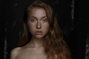 Rom Anthonis (rom.anthonis.photographer ig rom_anthonis) - Phoebe Collier (ig phoebecollier) @ GIANT Management (ig giant_mgmt)