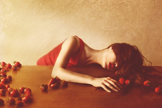 janine-machiedo-janine-machiedo-photography-self-portrait-the-very-end-of-lady-strawberry