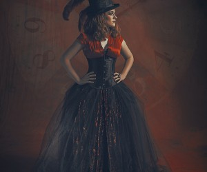 Christa Waller (Scarletfish Studios Photography) - The Red Queen