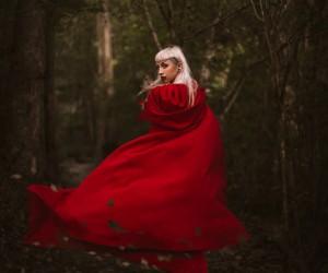 Luke Geoffrey - Red Riding Hood