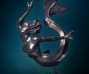 DellaMorte and Co. - Mermaid Statue