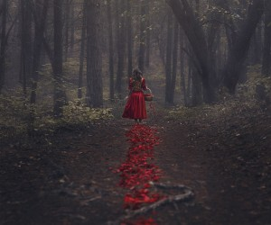 Nicole Burton (Parvana Photography) - The Trail of Red