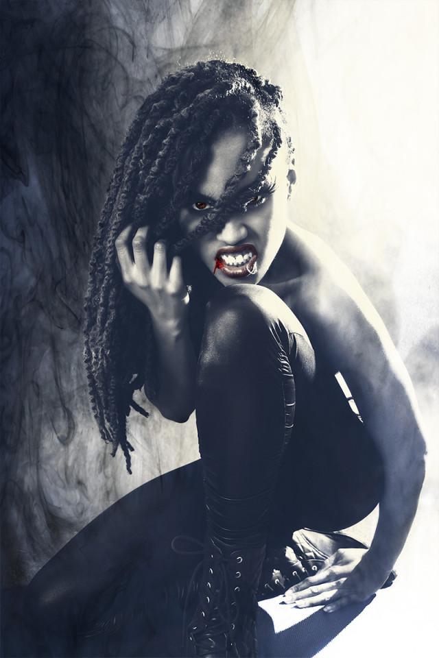 Nesti Gee - Crystal Ross - Vampire