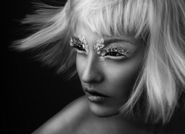 Olivia Lazer - Lis Krebs - India Gants - Solstice