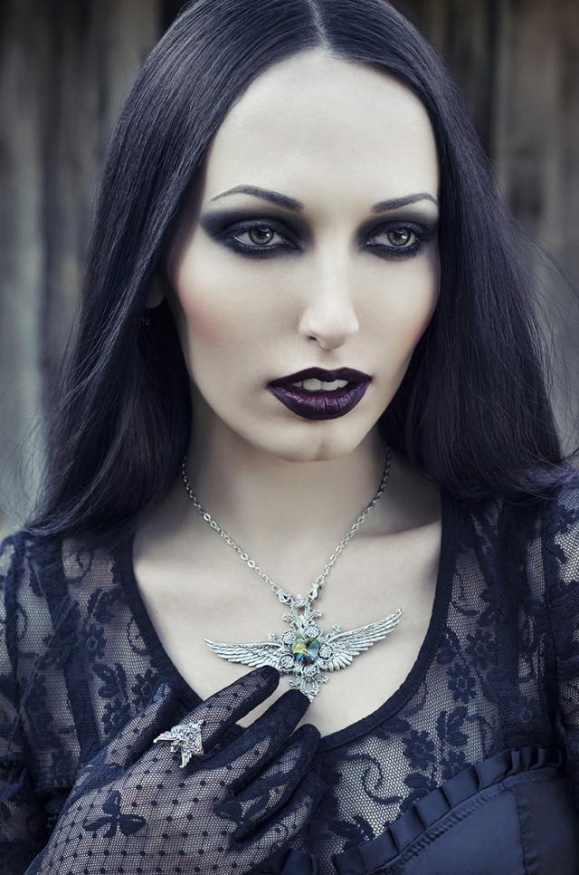LaurentiuTD - Elle Pax (ellepax.model) - makeup by model - jewelry Nocturne Jewellery (Nocturne.Handcrafts) - retoucher Mihaela Voicu