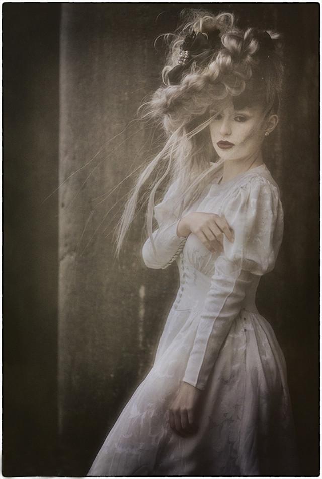Fabrice Dang Photography - Aude Vmodel - hair Star Act' International - makeup Karine Brossard