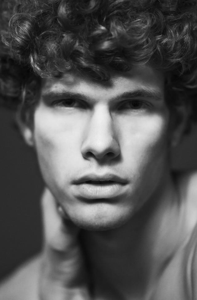 Giuseppe Morales - Jim @ Major Milan - hair makeup Luca d'Alena of Moob Team (Moobmag)
