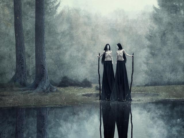 Daria Endresen Art - Elbereth Lasombrae (elbereth.modele) - Darkwood