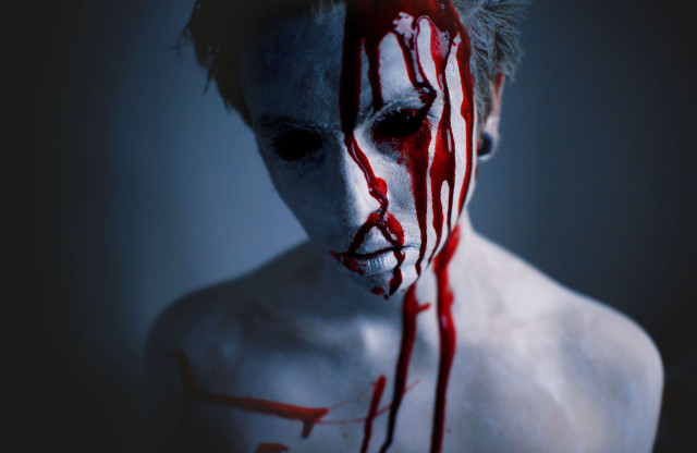 Seanen Middleton Photography - Blood
