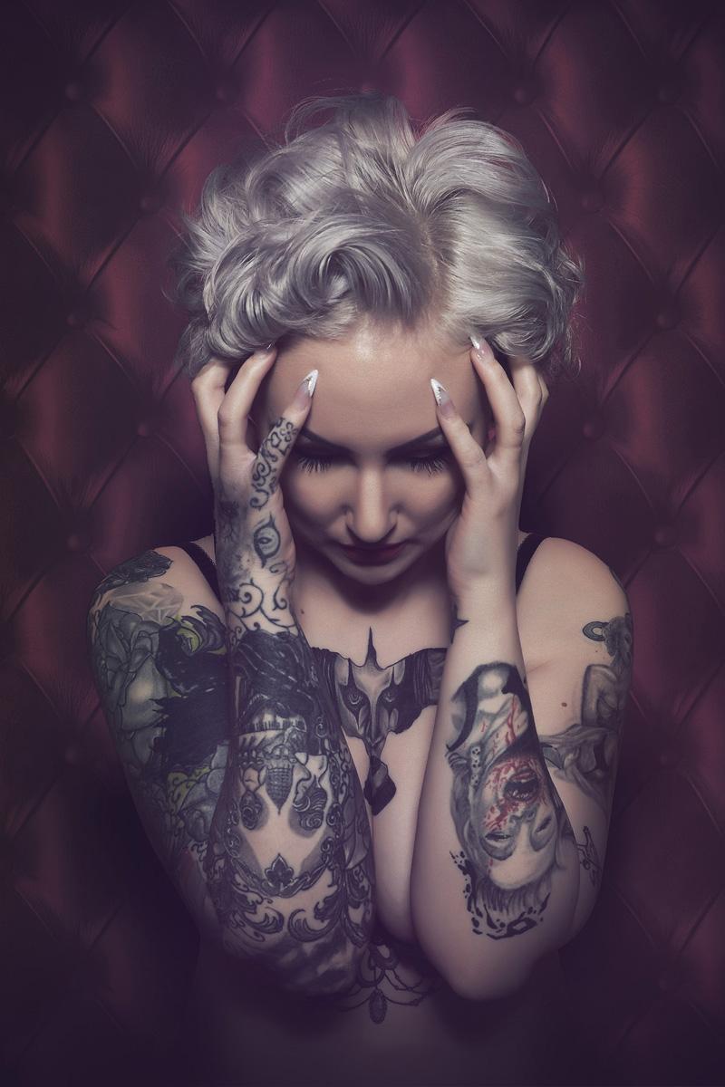 Siciliani Texel (ig sicerow sicerow.com) - Samantha van der Sluis - Tattoo Headaches