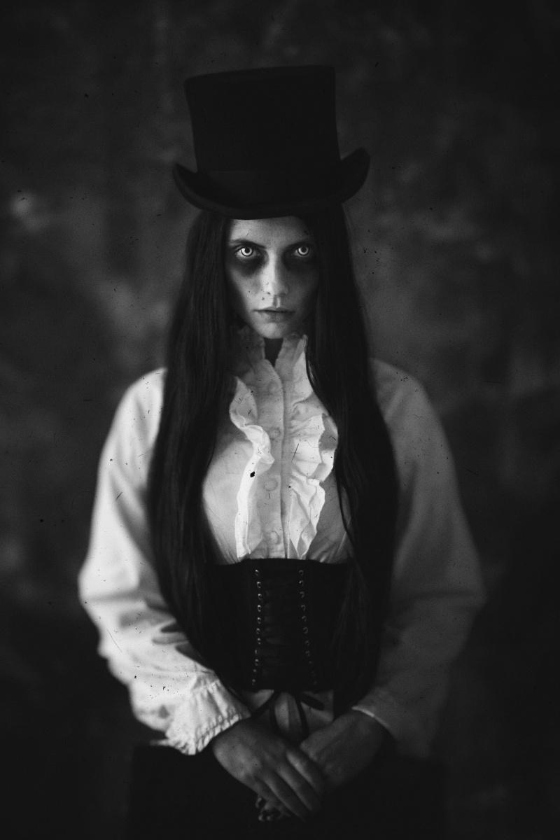 Katarina Grajcaríková (gfoto2 gfoto.sk) - Lucia Morticia Doktorová - Halloween