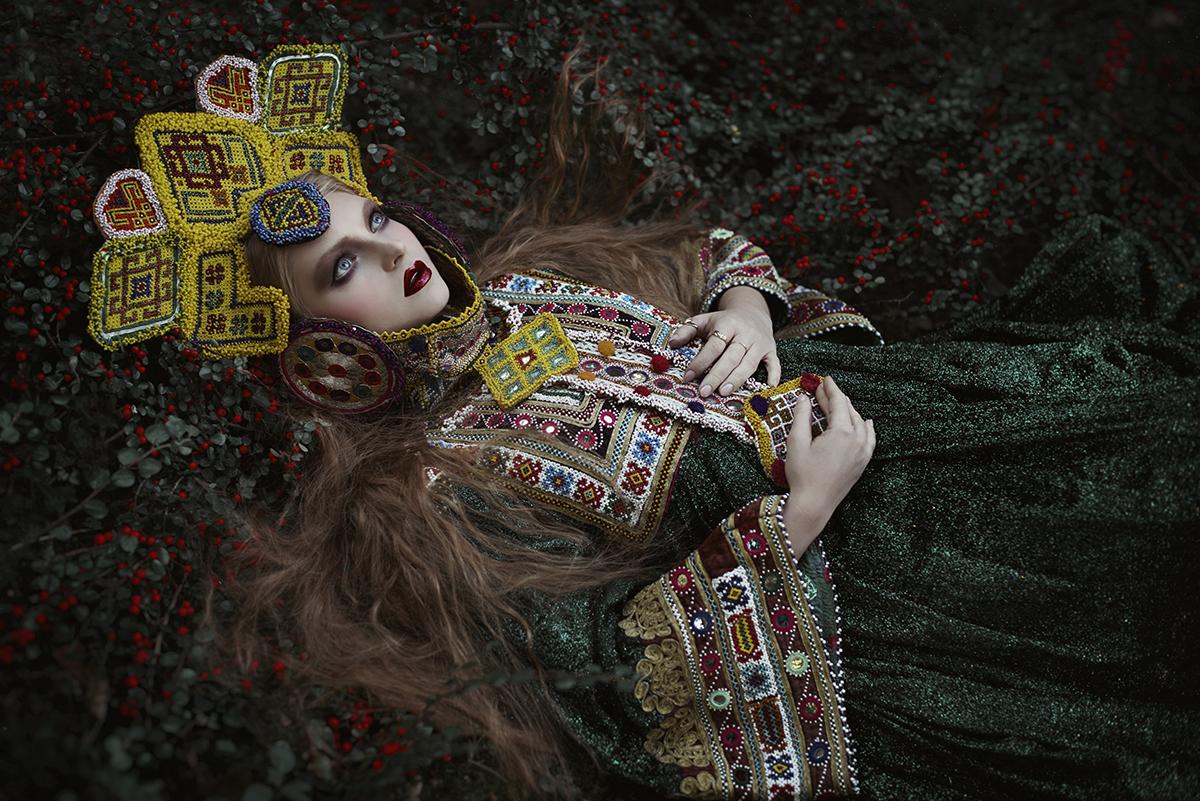 Marta Voodica Ciosek (voodica) - Kaja - dsg Posh Fairytale Couture